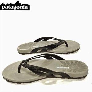 8c9743b9a75 PATAGONIA Black Leather Flip Flops Sandals 7M NWOT